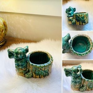 🦋2/$10 3/$15 4/$18 5/$20 Vintage Ceramic Elephant Planter
